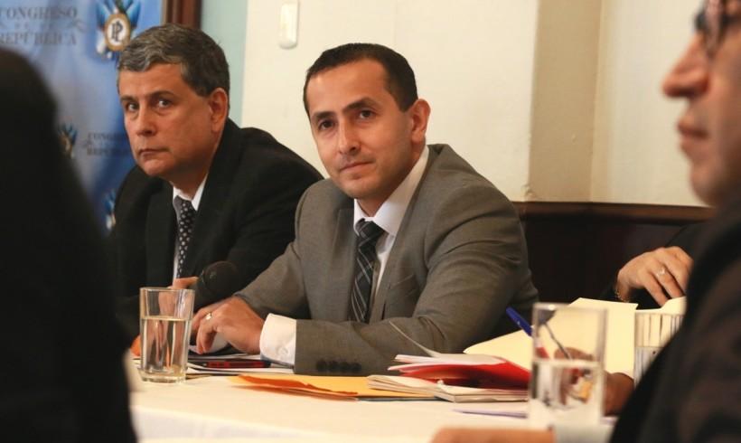 LUIS ALFONSO CHANG NAVARRO ASUME COMO MINISTRO DE ENERGÍA Y MINAS