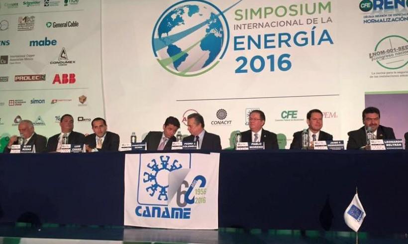 MINISTRO LUIS CHANG PARTICIPA EN SIMPOSIUM INTERNACIONAL SOBRE EFICIENCIA ENERGÉTICA